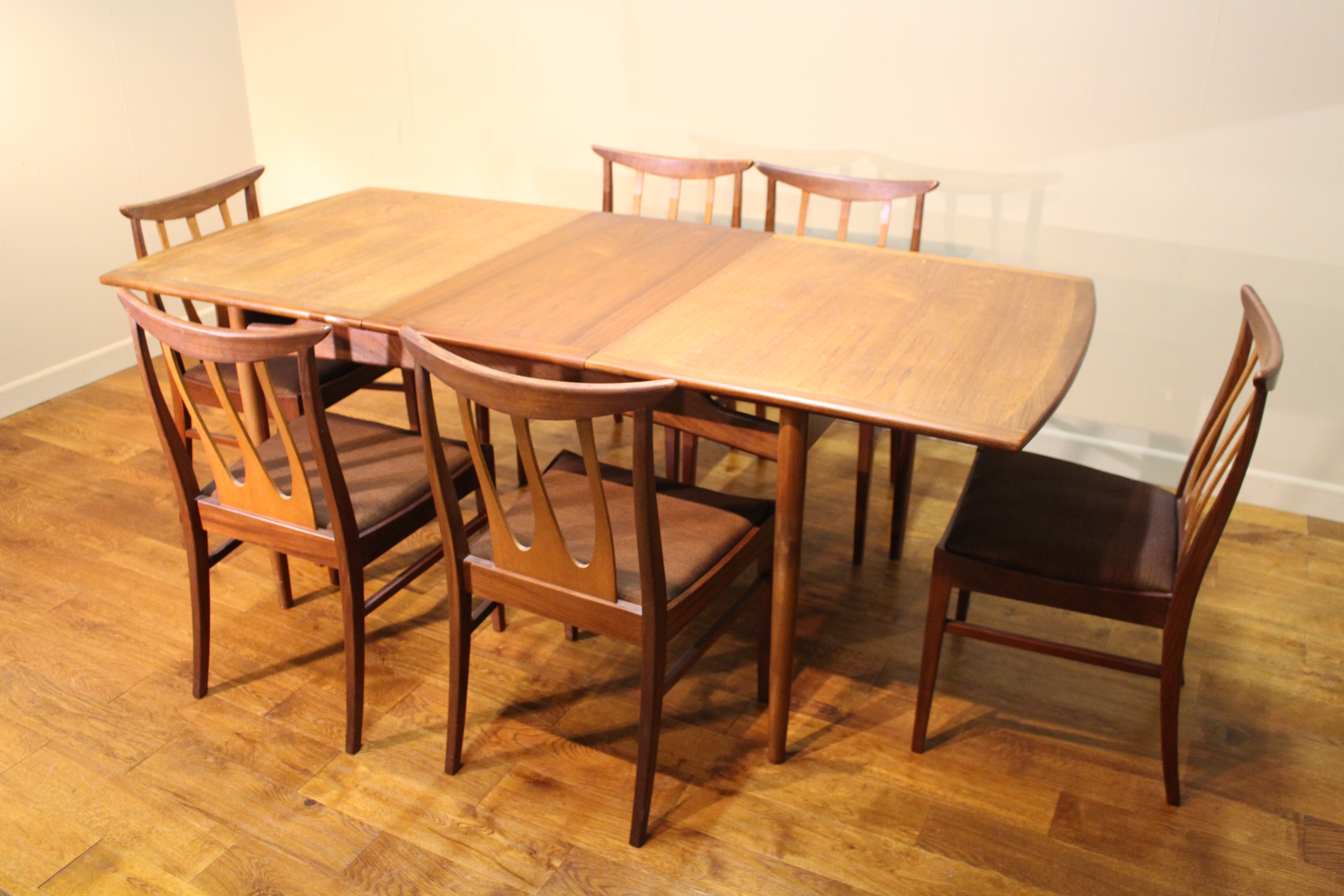 Wondrous G Plan 1960S Teak Brasilia Dining Table And 6 Chairs Squirreltailoven Fun Painted Chair Ideas Images Squirreltailovenorg